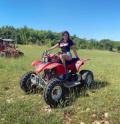 Мис България по-секси отвсякога! Радинела Чушева яхна бъги на Off-road Safari (СНИМКИ)