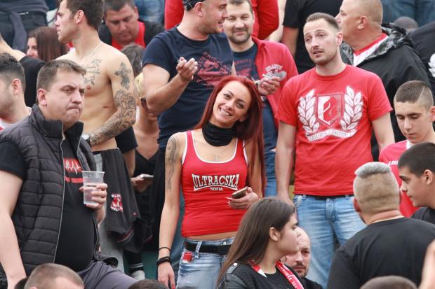 Феновете на най-големите футболни клубове у нас се обединиха безпрецедентно