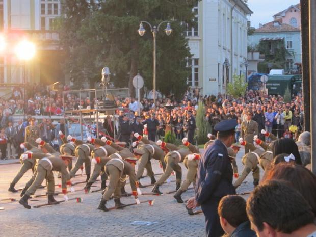 Заради ограничителните мерки тази вечер във Враца няма да се