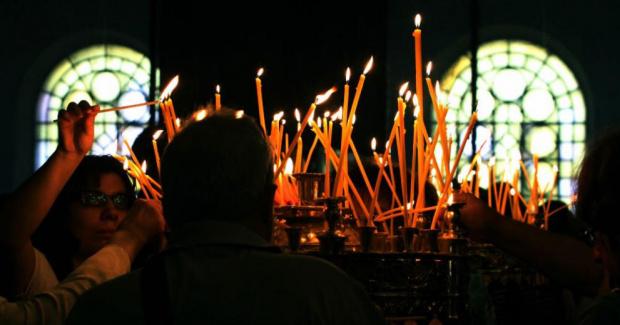 На днешния ден православната църква отбелязва Петдесетница. Празникът се нарича
