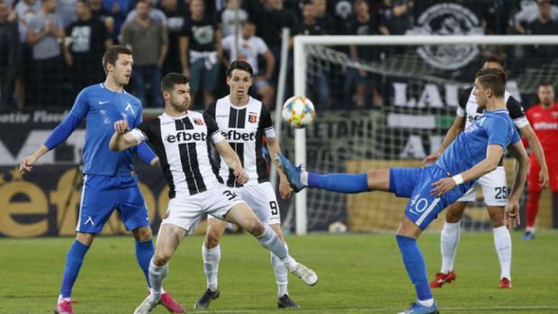 Локо (Пд) докосва финал за Купата, след като препарира безидейния Левски
