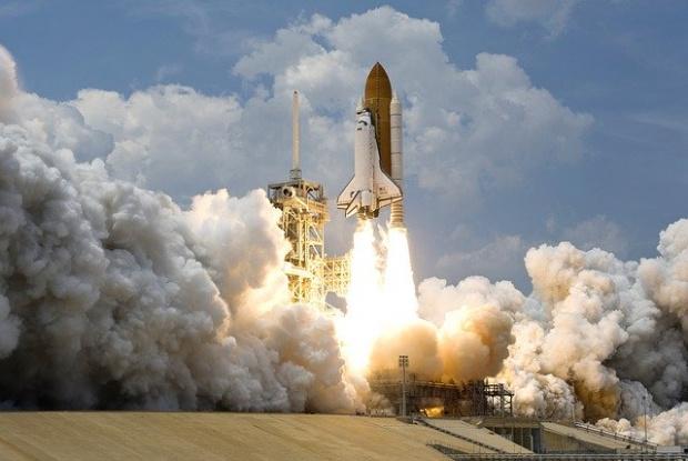 Американската компания SpaceX ще изстреля 58 нови спътника на 13 юни