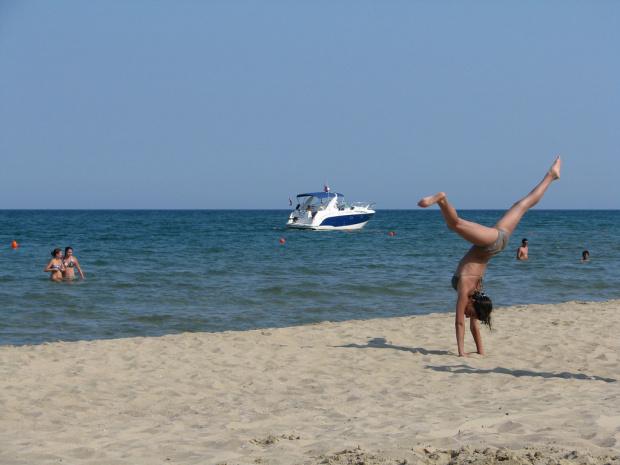 От петък: Поляци заливат нашето Черноморие и спасяват сезон 2020