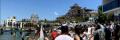 Мисията е постигната: Протестиращите стигнаха плажа и забиха флага, обстановката е спокойна