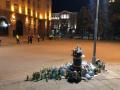 След  протеста пред МС: Участниците си събраха боклука от площада