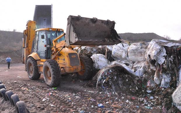 Няма радиация над нормата на незаконното сметище край Червен бряг