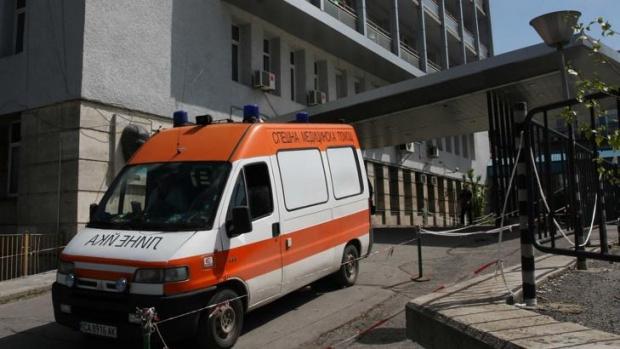 Втори медик от столичната бърза помощ в София изгуби битката
