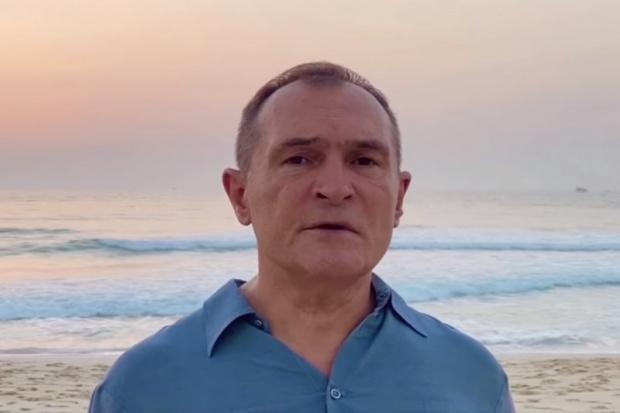 Бизнесменът с 18 обвинения, който се укрива в Дубай, отново