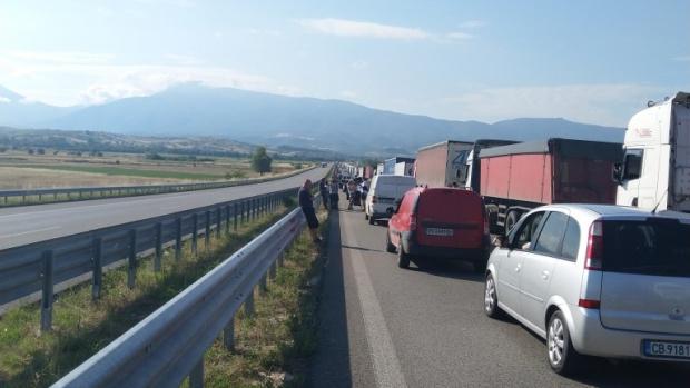 Входът за Гърция е вече само един! Вижте какъв е начинът за българите да влизат през всички граници