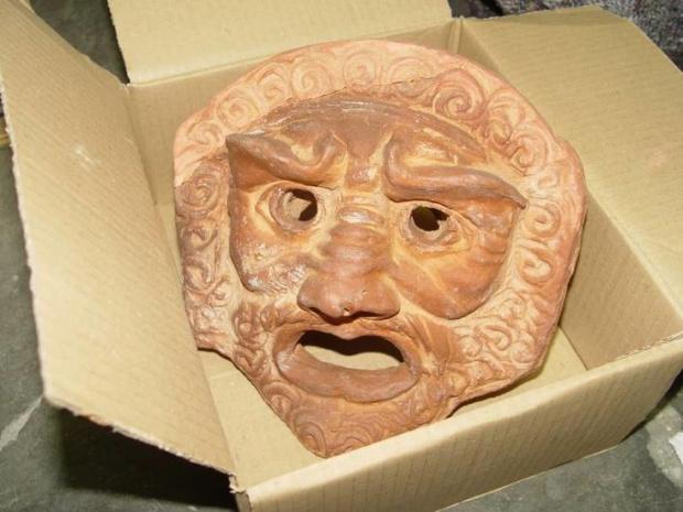Специализираната прокуратура направи нови разкрития, свързани с иззетите антични предмети