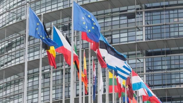Европейската комисия съобщи днес, че въпреки бързите и всеобхватни мерки,