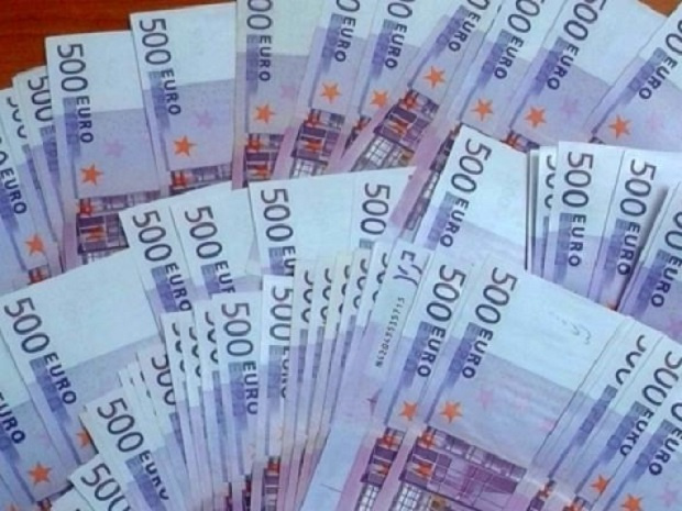 Еврозоната договори във вторник нови мерки за облекчаване на дълга