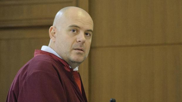 Главният прокурор Иван Гешев поиска отстраняването от длъжност на обвинения