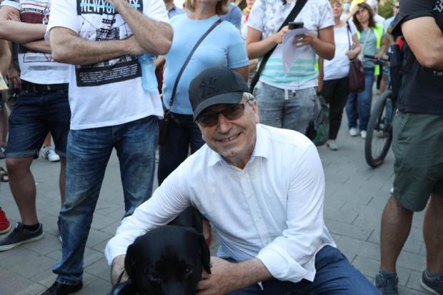 Бившият ни посланик в Москва, Илиан Василев: Протестите трябва да се фокусират над истинския проблем за сриването на държавата