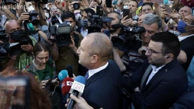 Остро възразяваме срещу опитите прокуратурата да бъде въвлечена в политически