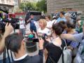 Манолова: Борисов да се извини на битите граждани и журналисти