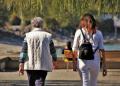 Отвлечена преди 34 години: Майка прегърна дъщеря си отново