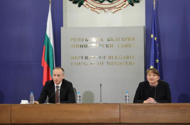 Деница Сачева: Няма да подаваме оставка