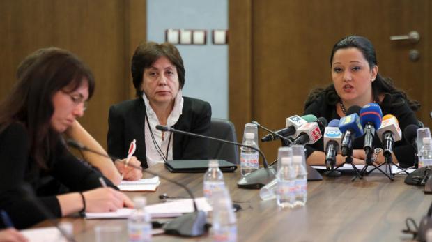 """Ренета Инджова е претърпяла инцидент, настанена е в """"Пирогов"""""""