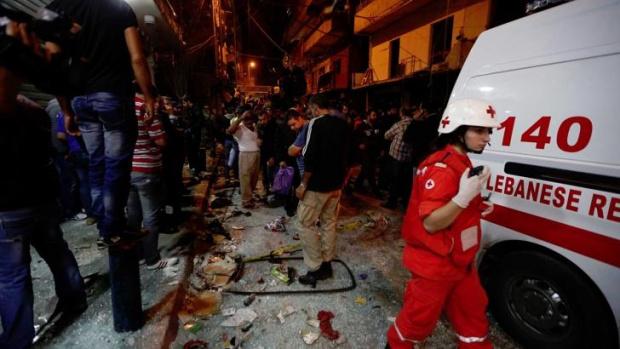 Десетки ранени след мощен взрив, койторазтърси района на морското пристанище