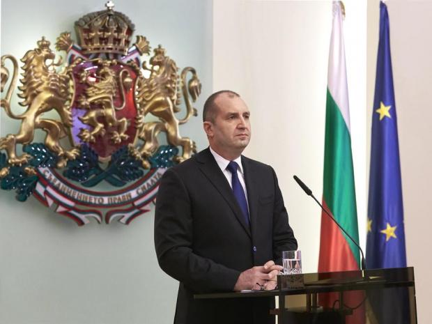 Президентът Румен Радев ще направи обръщение към народа тази вечер.
