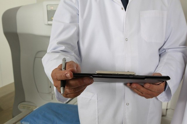 Костадин Ангелов обеща повече пари за здравните работници