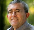 Проф. Слатински: Ограничен интелектуално човек е председател на Парламента