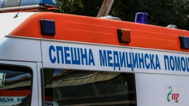 ТИР помете кола, уби човек и се вряза в къща в село край Горна Оряховица