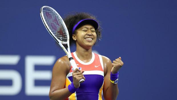 Наоми Осака ликува с трофея на US Open след изумителен обрат над Азаренка