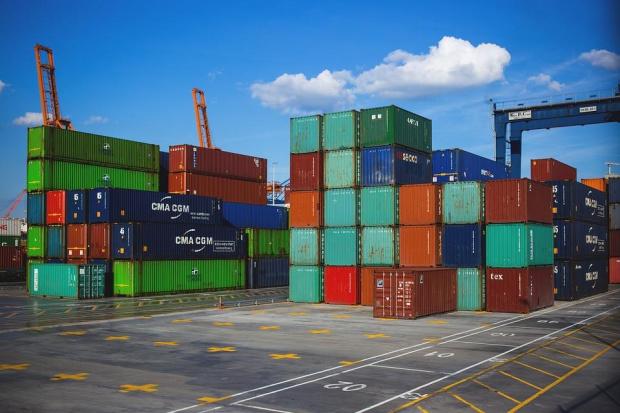 Коронакризата срина външната ни търговия през юли