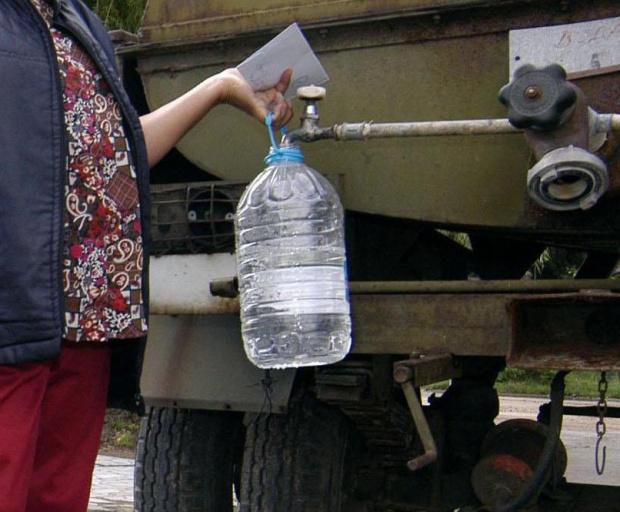 """Трети ден квартал """"Бузлуджа"""" във Велико Търново е без вода,"""