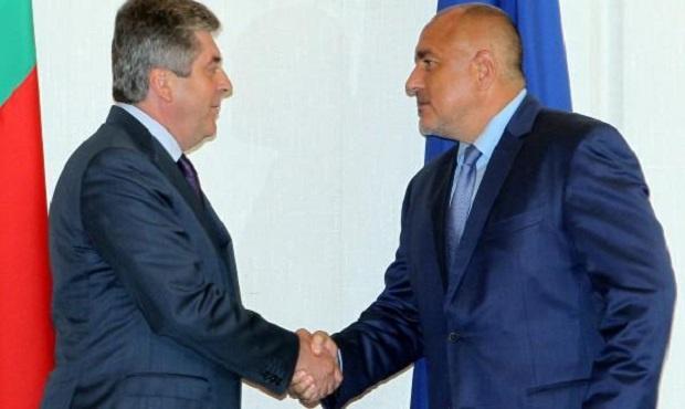 Бих посъветвал Борисов след изборите да се оттегли в партията