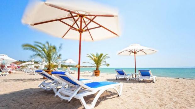 10 бона глоба за шмекеруване с чадър и шезлонг в Черноморец