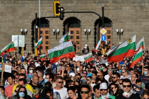 77-и ден на антиправителствен протест с искане за оставките на