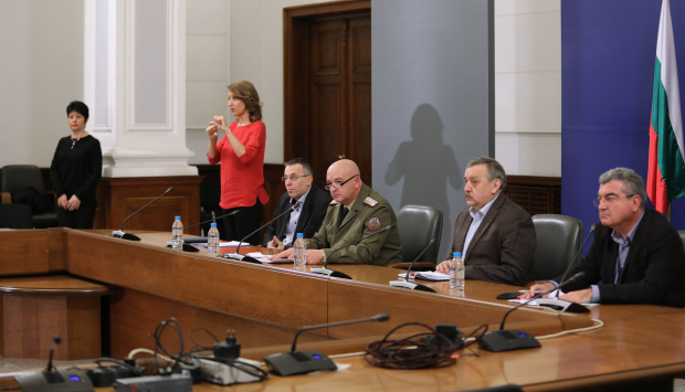 Д-р Първанова за брифингите на НОЩ: Ще слушаме как не стигат чувалите