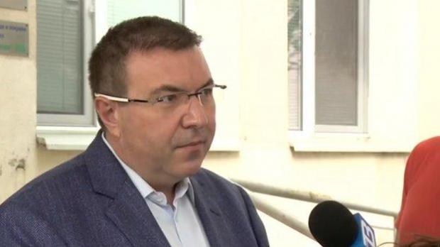 Ангелов: Не знам на какво се дължи слуха за затваряне на училища в края на октомври