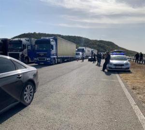 Полицейска акция спря 23 нелегални мигранти да влязат у нас от Гърция