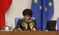 Депутатите оставиха Караянчева за свой шеф