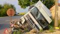 Катастрофа между камион и бус блокира пътя Видин-Монтана