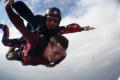 Милен Велчев си вдигна адреналина на макс, скочи от самолет