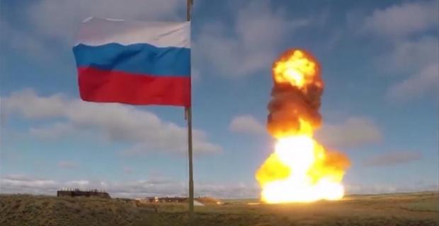 Руски военни докладваха на Путин за успешен тест на новата хиперзвукова ракета