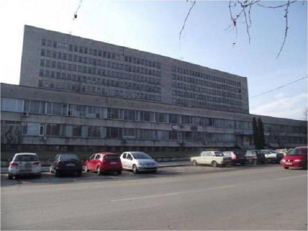 Медици от Велико Търново и Плевен отиват на помощ на колегите си в Свищов