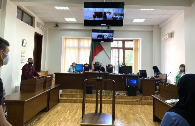 Окончателно:  Съдебни заседания и чрез видеоконференция, когато страна не може да се яви пред съда