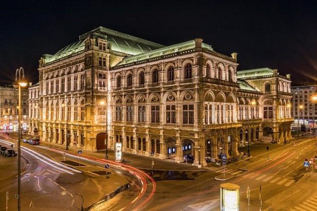 За терора извън новините - Виенския оркестър, който свири, за да успокои хората по време на нападението (ВИДЕО)