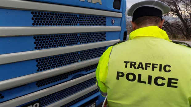 Поредна кървава трагедия: Полицай се самоуби на работното си място