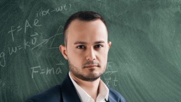 Математик: Тепърва смъртните случаи у нас ще скачат! Мерките са закъснели, 80% от интубираните гинат