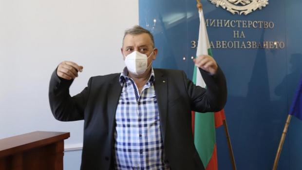 Професор Тодор Кантарджиев, шефът на Националния център по заразни и