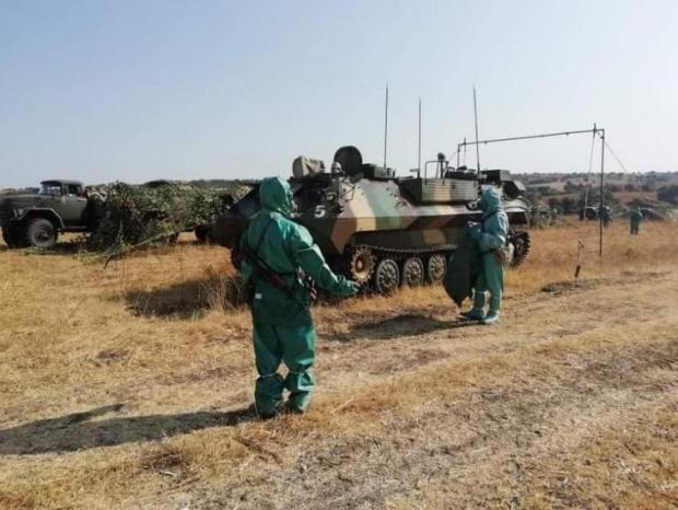 Военнослужещи се включиха в борбата срещу КОВИД -19 на три фронта