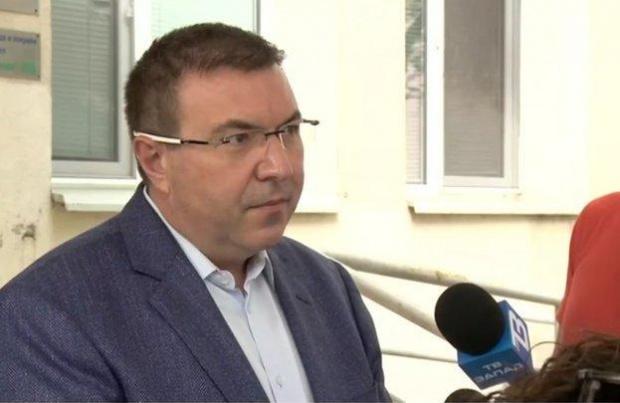 Ангелов издаде заповедта за новите мерки, влизат в сила от 23:30 в петък