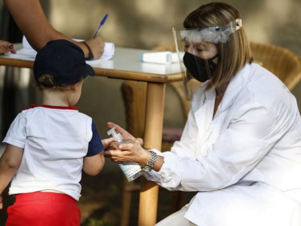 Човек, прекарал инфекция с новия коронавирус, може да се зарази